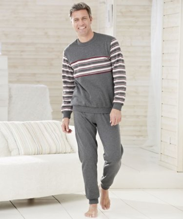 Damart pijama 92% Acrylique 8% polyester - Source Damart